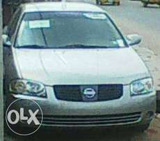 Buy this Hot Nissan Sentra with Sound Engine and Chilling AC