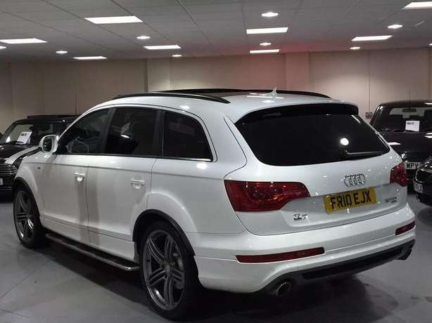 2010 Audi Q7 3.0 SLine diesel* Full Panoramic roof, 7seats, Fuji white Nairobi West - image 3