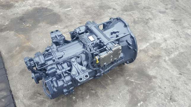 Mercedes actros mp3 G211-12 gearbox with ecm Africa - image 2