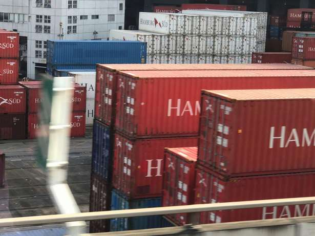 Dry containers and refrigerated containers(reefers) Industrial Area - image 6