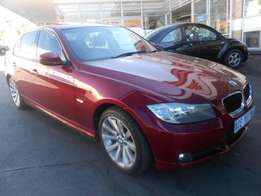 2012 BMW 3 series 320i E90 For only R143000.
