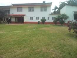 A fabulous 4 bedroom house on 1/2 an acre land for rent in nyali.