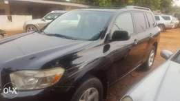 Toyota Highlander 2010 model