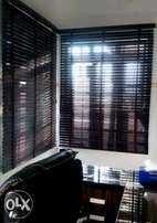 Magnificent window blinds and wallpaper services.