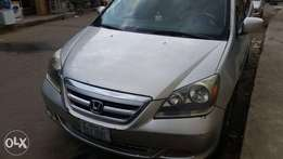 Honda Odyssey 2005 1st body with AC ( Registered ) Located at Yaba