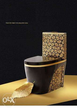 Luxury black toilet desigh model with gold flowers الرياض -  3
