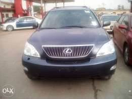 Tokunbo Lexus RX350, with DVD, Reverse Camera, Navigation, Bluetooth