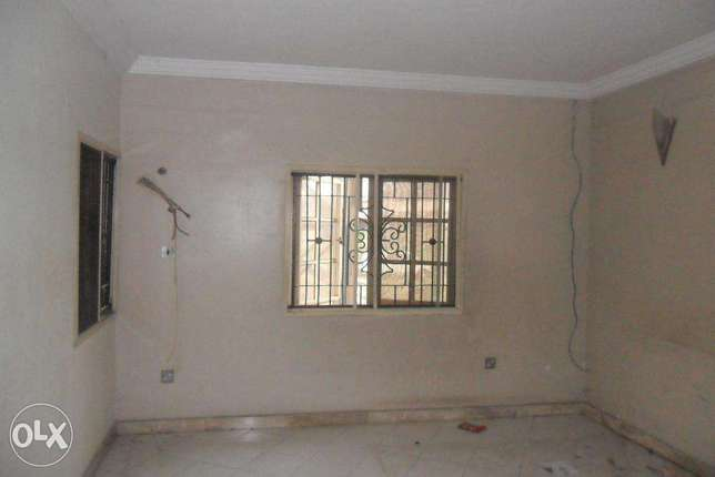 Large 3 b/r (4t/3b) ground flr, Ogudu Garden Valley, Ogudu GRA N2.1m Kosofe - image 3