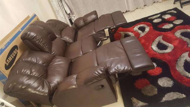 Recliner couch for Sale Midrand - image 2
