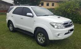 Toyota Fortuner 3.0 D4D, low kms 168000 kms