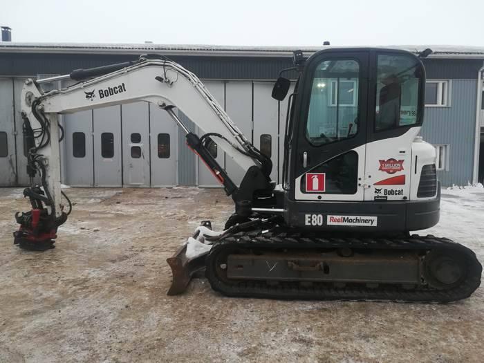 Bobcat E80 - 2009