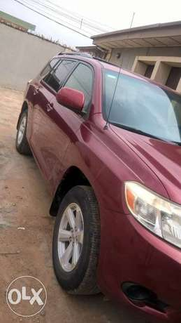 2009 Toyota highlander first bodybuilder Oluyole - image 3
