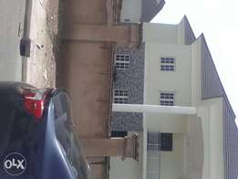 To let,4 bedroom duplex at katsina estate lifecamp after brains n hamm