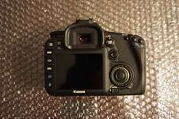 Canon EOS 7D Body only for sale.