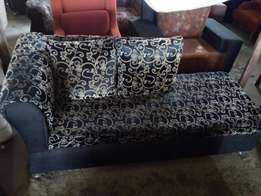 Pillow Lovers Chair 30k