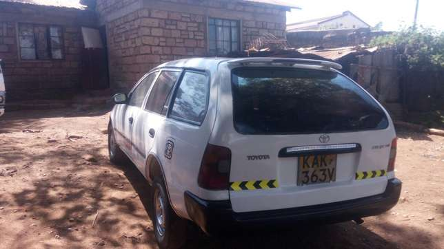 A very clean car with leaf springs and a new engine (4e ) Njathaini - image 2