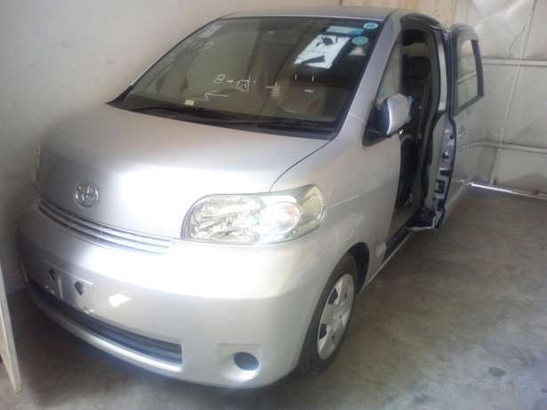 Toyota Porte with wheelchair Mombasa Island - image 3