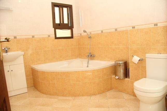 4 Bedroom House For holiday Rental in Nyali, Mombasa Nyali - image 2