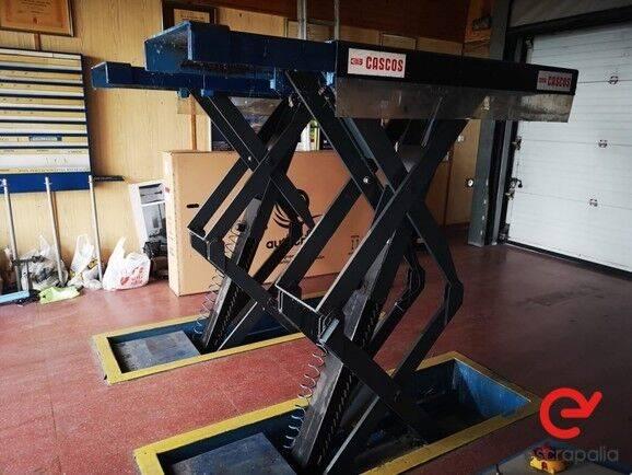 Sale elevador de tijera  equipment for  by auction