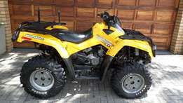 Can-Am bombardier Outlander 800 XT HO .only 2400kms