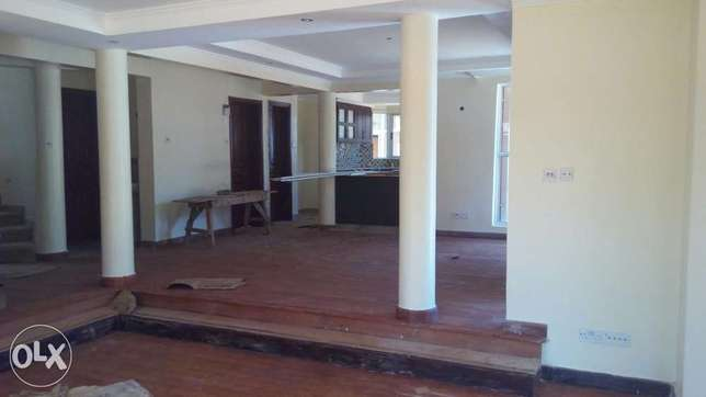Delightful 5Bedroomed townhouses for sale. Lavington - image 2