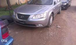 Buy and drive clean sparkling Hyundai