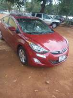 Foreigner use elantra going for a cool price because she is traveling.
