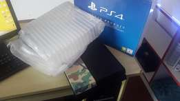 ps4 console one month old with receipt