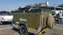 Camper Off Road Invader & Fish Hunter Boat and Motor - Fully Equiped
