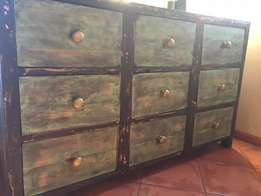 solid wood double sided unit (9 x 9 draws)