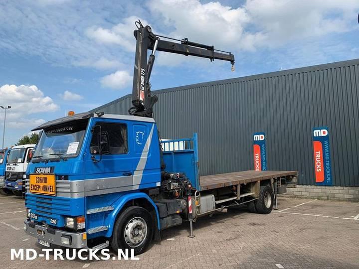 Scania 93 M 220 manual 17 ton HIAB - 1995