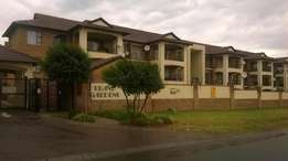 Midrand - Immaculate and spacious 3 bedroom townhouse avail R10500