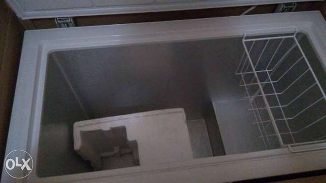 Brand New Chest Freezer At Give Away Price Lagos Mainland - image 4