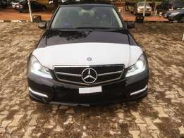 Mercedes Benz C300 010 model accident free