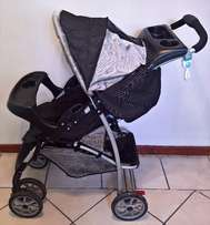 Graco Mirage Plus Charcoal Travel System