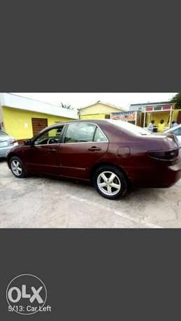 SUPER Clean  Honda Accord EX i-VTEC 2.0 2004 Ikeja - image 8