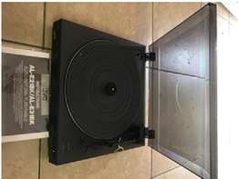 Turntables JVC & SANYO
