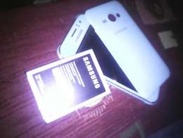 Brand new Samsung j1 ace but with a dead screen only