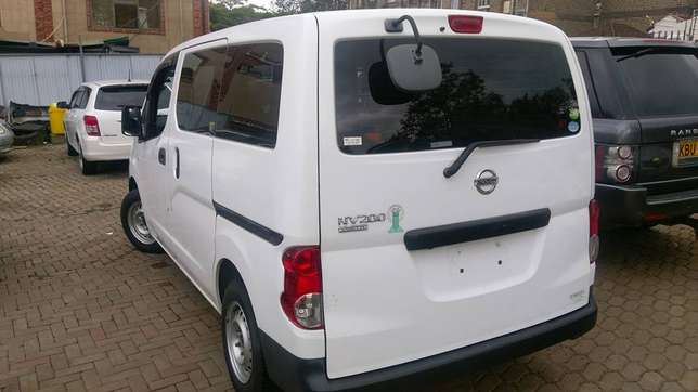 Nissan NV200 just arrived on quick sell Nairobi CBD - image 4