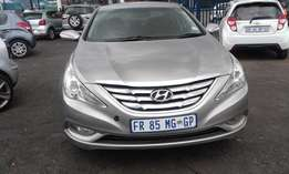 Hyundia Sonata 1.6 5 Door Model 2014 Colour Silver Factory A/C&DVD Pl