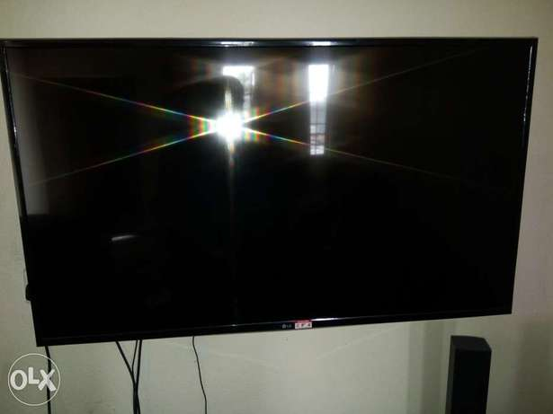 49 inches, LED LG Television Port Harcourt - image 1