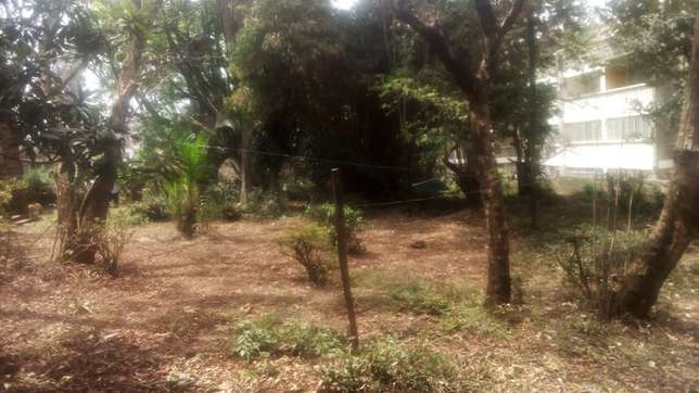 upper hill 0.877 acres with un old bungalow Kilimani - image 5