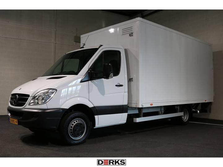 Mercedes-Benz Sprinter 513 CDI Bakwagen met Laadklep 955kg Laadvermogen - 2013