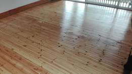 Sanding and sealing of wooden floors