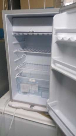 Brand New fridges with freezer and fridge compartment plus company war Nairobi CBD - image 1