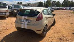 2013 FORD FIGO AMBIENTE Stripped parts