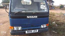 UK Nissan Cabstar
