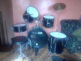 I'm selling my drums neg