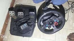 Logitech g29 racing wheel for ps4 and pc