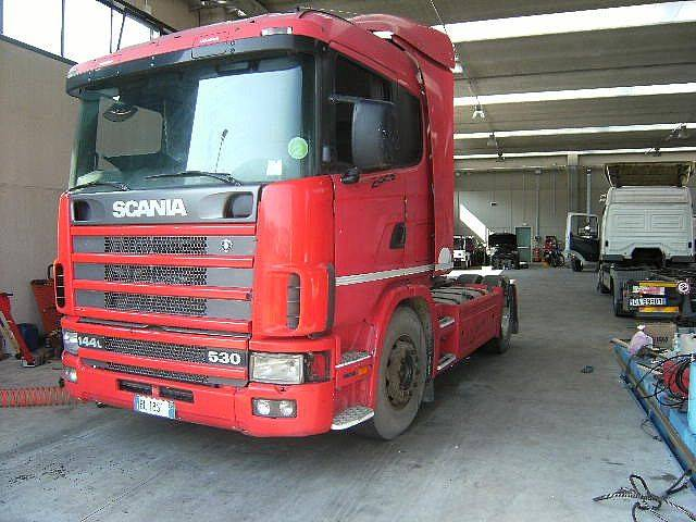 Scania 144.530--MOTORE ROTTO- - 2000